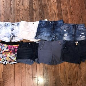 🔥🔥Lot of Jean and other Shorts!! Great Condition